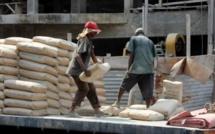 Hausse du prix du ciment : l'Etat annule et menace les trois cimenteries du pays