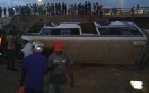 Impressionnante vidéo du bus Tata qui a chuté au niveau de l'échangeur Patte d'Oie