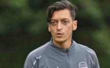 Allemagne : racisme dans le foot,  Gündogan au secours d'Özil