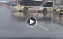 Vidéo - Un bus DDD filmé entrain de prendre un sens inverse sur l'autoroute