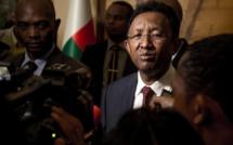 Madagascar: le président donne sa démission pour mieux briguer un nouveau mandat