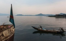 Dix portés disparus après un naufrage en RDC