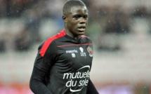 Malang Sarr confirme avoir été contacté par le Sénégal mais...