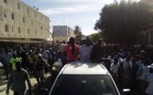 Vidéo - La très forte mobilisation des Dakarois pour accueillir la caravane de Ousmane Sonko