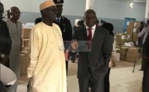 Vidéo - Aly Ngouille Ndiaye défie et met en garde Abdoulaye Wade