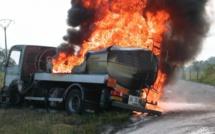 Trois morts dans un choc entre deux camions à Touba Toul