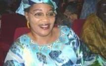 Politique: Aïda Mbodj demande à Macky Sall de faire un come-back à la maison mère