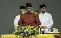 Le Sultan de Brunei décide de lapider les homosexuels