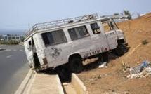 """Dernières minutes-Accident : Un car """"ndiaga ndiaye"""" coincé dans l'autoroute"""