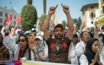 """Des enseignants """"contractuels"""" ont manifesté à Rabat"""