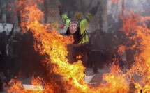 Incendie immeuble avenue Blaise Diagne: le feu prend le dessus sur les sapeurs-pompiers