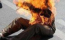 Sans salaire depuis 2 ans: Des membres de la Cellule de la communication de l'Etat menace de  s'immoler