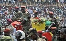 Mali : Funérailles des élèves officiers d'active compagnons de  Fatou Seck Gningue  en présence du Président
