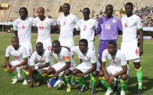 2 VIDEOS Foot-Eliminatoires CAN 2012 Ile Maurice-Sénégal: Les Lions terminent en beauté 0-2