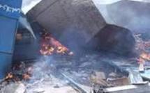 Colobane : Leurs cantines brûlées, les marchands inculpent le maire et lui déclarent la guerre