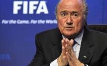 FIFA-Racisme : Blatter s'excuse mais ne démissionne pas