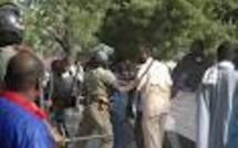 Les militaires invalides assiègent les grilles du palais présidentiel pour exiger leurs indemnités