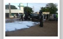 Inhumation Tanor Dieng: le véhicule présidentiel prend feu, Macky et IBK évacués