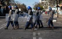 Zimbabwe: important déploiement sécuritaire dans un fief de l'opposition