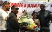 RDC: l'hommage des motards de Kinshasa à l'artiste ivoirien DJ Arafat