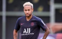Neymar dans le groupe du PSG contre Strasbourg