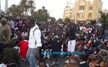 VIDEO-Démonstration de force : La place de l'Obélisque pris d'assaut par une foule de manifestants