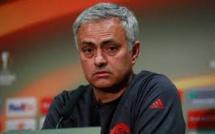 Man Utd : Mourinho tacle Solskjaer
