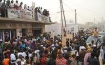 Guédiawaye : Les brassards rouges troublent le meeting de Macky Sall