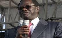 Candidature de Me Wade : Pape Diop,  l'opposition tape dans l'eau.
