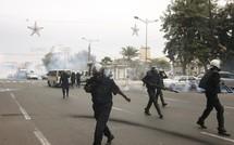 Place de l'Indépendance: Ibrahima Fall gazé en pleine interview