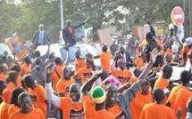 """Second tour présidentielle : Des jeunes de """"Idy4président"""" craignent pour la carrière de leur leader"""