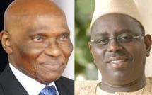 Abdoulaye Wade condamne l'attaque subie par le cortège de Macky Sall