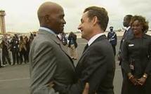 Sarkozy salue ''l'action de Wade au service'' de son pays