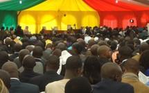 VIDEO – Investiture de Macky Sall : Macky Sall prête serment