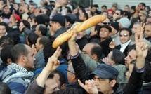 Une manifestation de chômeurs violemment réprimée à Tunis