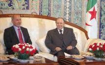Algérie: sécurité et famille Kadhafi au menu du séjour du président du CNT libyen