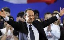 France : François Hollande endosse ses habits de président