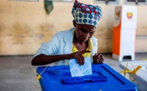 """L'UE dénonce les élections """"truquées"""" au Mozambique"""