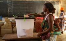 Présidentielle - Togo: A Lomé, les électeurs se pressent à l'ouverture des bureaux de vote
