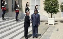 Mali: Hollande souhaite que l'Afrique saisisse l'ONU de la situation