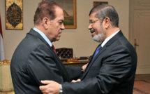 Egypte: Morsi débute son mandat à la recherche d'un gouvernement d'ouverture