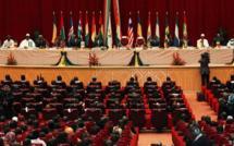 Mali : les participants au sommet de Ouagadougou saluent le Médiateur de la CEDEAO dans la crise malienne et ses pairs