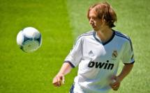 Supercoupe Real Madrid vs FC Barcelone: Mourinho va-t-il lancer Modric?