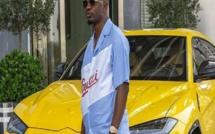 """Olalekan Jacob Ponle, surnommé """"mrwoodbery"""" par ses followers sur Instagram, a fait étalage de sa richesse"""