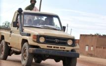 Intervention au Mali : Alger opposée à Paris