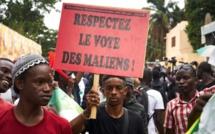 Des députés maliens refusent de démissionner