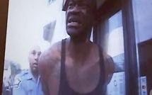 Mort de George Floyd: les images accablantes des caméras des policiers dévoilées