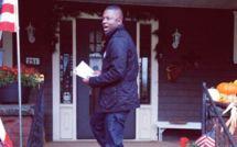 REPORTAGE - À Cleveland, Thione Niang, un jeune démocrate, sacrifie ses jours au soutien de Barack Obama.