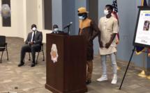 Invité à s'exprimer devant la presse par la police de Denver, le frère de Djiby Diop se retient de toutes ses forces pour ne pas craquer