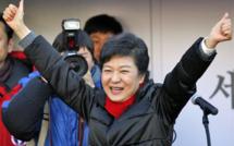La conservatrice Park Geun-hye devient la première présidente de Corée du Sud